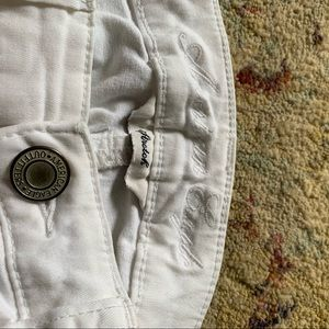 WHITE American eagle jeggings size 00
